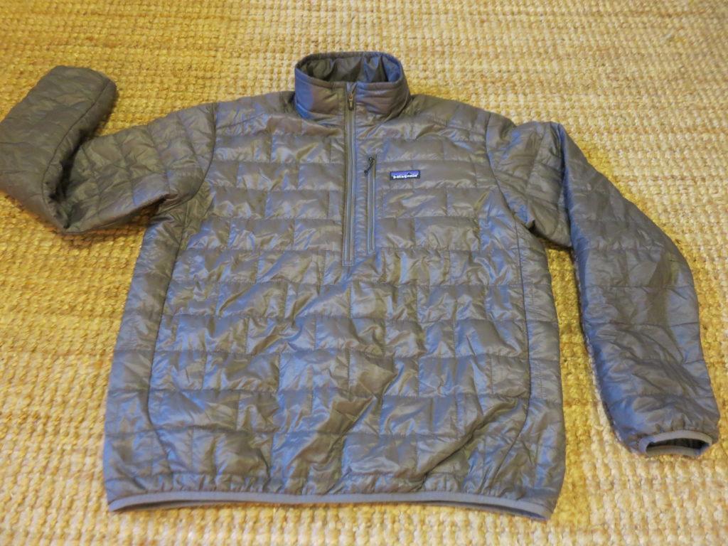"Patagonia Nano Puff- מעיל קל משקל במילוי סינטטי. עלות השכרה: 130 ש""ח לשבועיים"