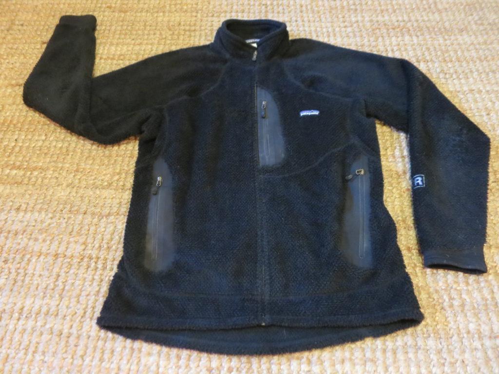 "Patagonia R2- מעיל פליס (Polartec) עבה. עלות השכרה: 60 ש""ח לשבועיים"